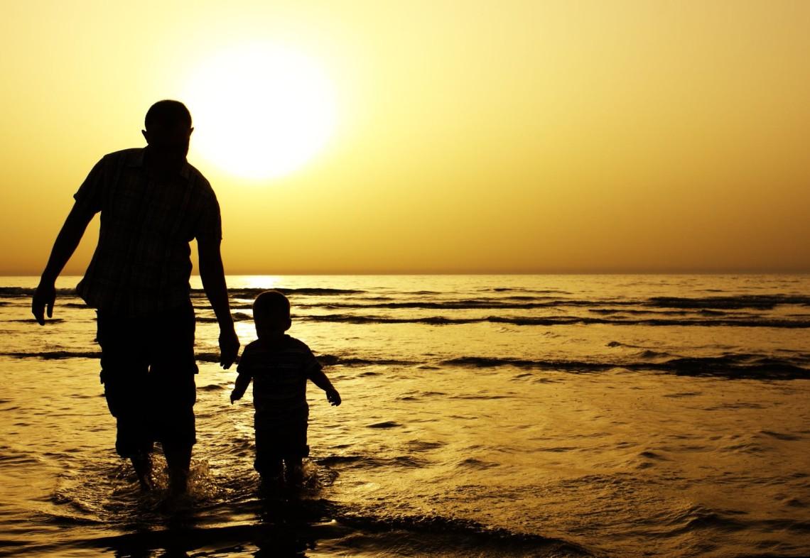Позови про визнання батьківства